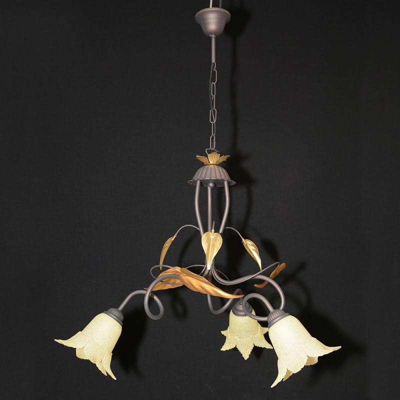 Lampadario in ferro battuto lampadario classico camera da for Lampadario camera da letto ikea